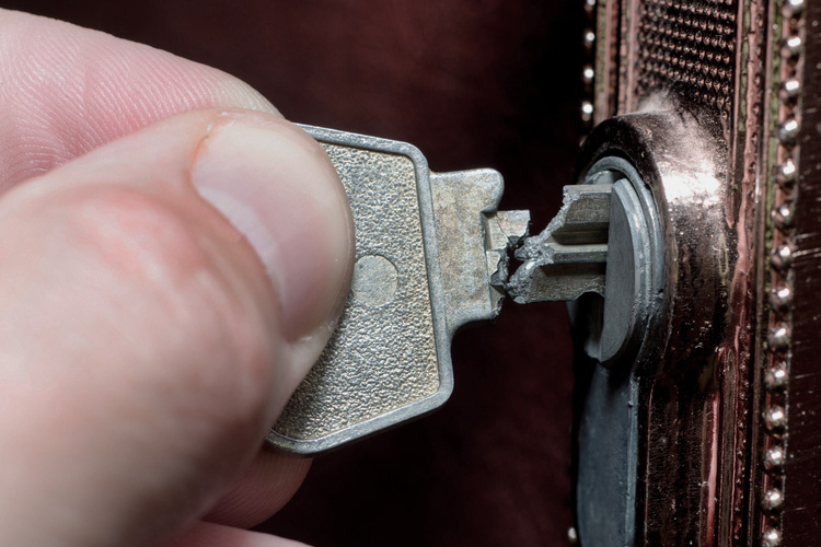 Broken Key Extraction Service in Lawrenceville